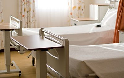 Hospital Protocol Violations Lead to Fall, Hip Fracture